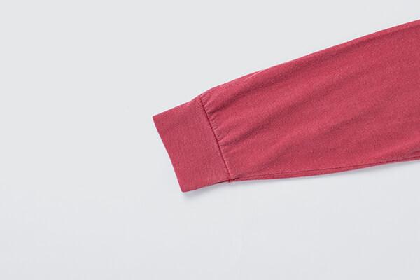 長袖Tシャツの袖口